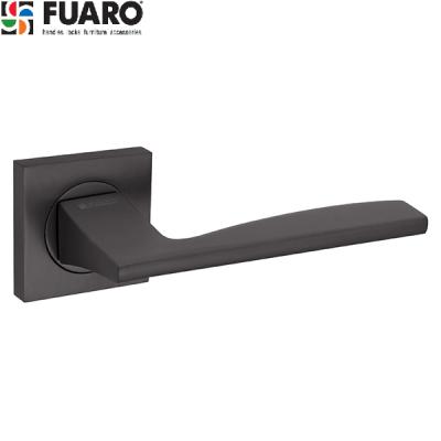 Дверные ручки Fuaro Rock KM GR-23 графит на квадратном основании